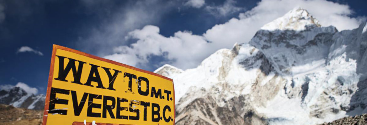 Mount-Everest-Base-Camp-Sign